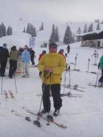 Leni auf Skiern