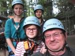 Klettern, Offfenbach, Juni 2013 ... mit Kids (Klara, Käthe, Lilli). Ichhabe als erstes schlapp gemacht und Lilli gemeckert, weil sie noch weiter wollte. Die Großen sind alleine los.